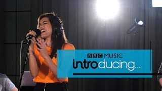 EUROPESE OMROEP | BBC Music | RIKA - Miss You (BBC Music Introducing session) | 1518609713 2018-02-14T12:01:53+00:00
