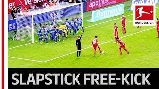 EUROPESE OMROEP | Bundesliga | Bailey's Crazy Indirect Free-Kick Causes Chaos | 1518562800 2018-02-13T23:00:00+00:00