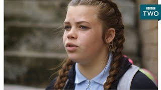 EUROPESE OMROEP | BBC | Gifted student Shakira worries about leaving her estate  - Generation Gifted: Episode 1- BBC Two | 1518543871 2018-02-13T17:44:31+00:00