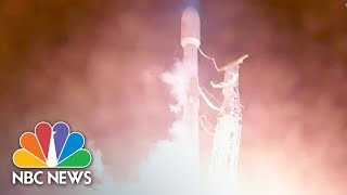 EUROPESE OMROEP | NBC News | SpaceX Launches Rocket Carrying Satellite Into Space | NBC News | 1519319909 2018-02-22T17:18:29+00:00