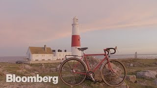 EUROPESE OMROEP | Bloomberg | How a $4,550 Bespoke Bicycle is Made | 1513176872 2017-12-13T14:54:32+00:00